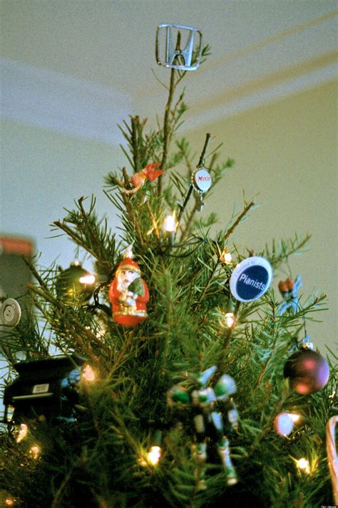 feng shui when to take christmas tree down decorate your tree for prosperity huffpost