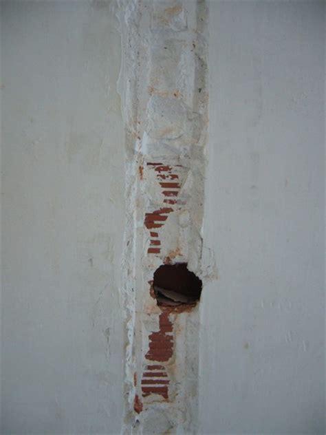 Reboucher Trou Mur Platre 5038 by Cloison Enlev 233 E Comment Reboucher Les Tours
