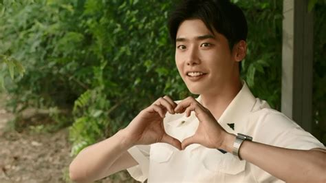 Drakorindo Hot Young Bloods | catch lee jong suk early upgrade to dramafever premium