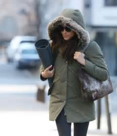 meghan markle shopping in toronto 09 gotceleb meghan markle leaves yoga class 09 gotceleb