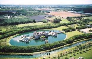 eye on miami looking for a house with a moat no problem by geniusofdespair