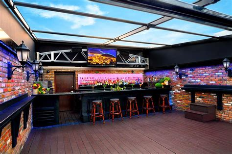 top bars in fort lauderdale fort lauderdale s best beachfront bars