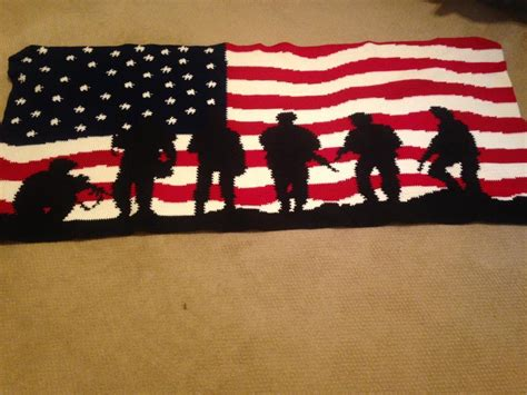 army afghan pattern you have to see american flag soldiers crochet afghan by