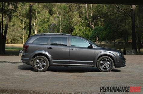 fiat freemont 2015 2015 fiat freemont crossroad review performancedrive
