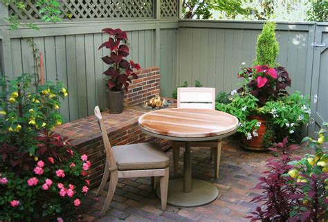townhouse backyard ideas eclectic small townhouse courtyards