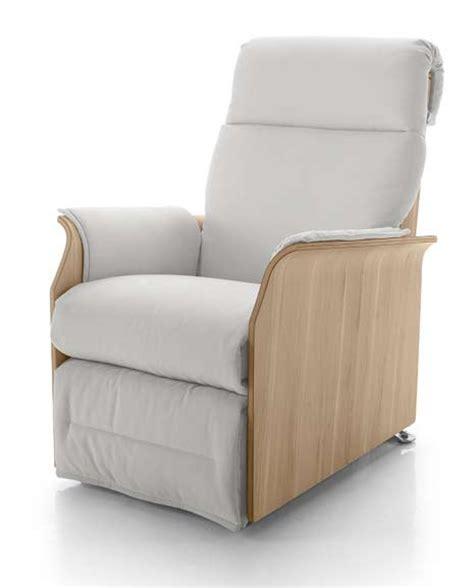 poltrone relax lissone la nuova poltrona relax divani letto e poltrone