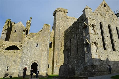 rock  cashel ireland castle  photo  pixabay