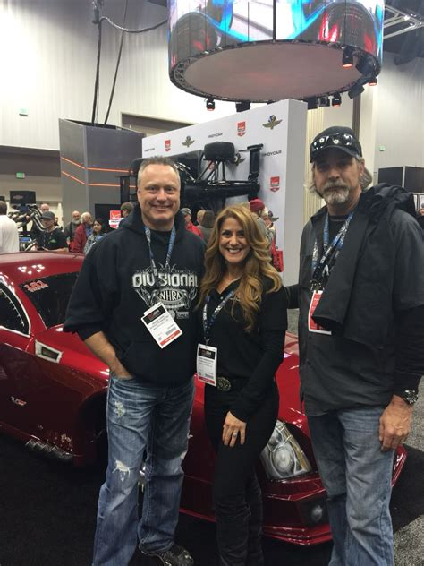 is farmtruck married doc and monza from outlaws guys