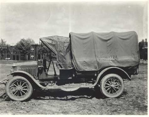 military transport vehicles world war one ww1 doughboy us army aef helmet motor