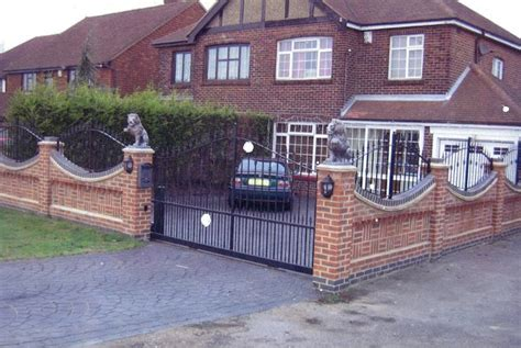 garden wall railings roofing building advisory services