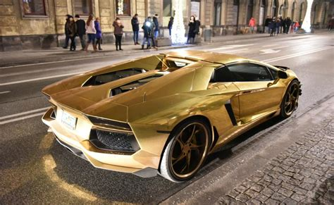 Lamborghini W Warszawie by Zdjęcia Złote Lamborghini Właściciela Klub 243 W Cocomo