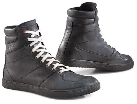 waterproof motorcycle shoes tcx x wave waterproof shoes revzilla