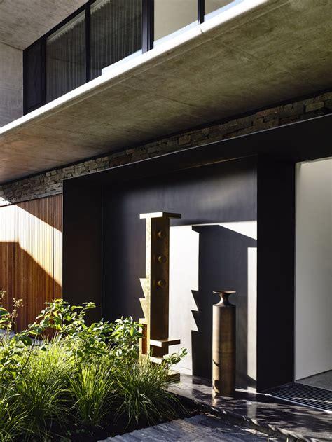 matt gibson architecture design a concrete house in concrete house by matt gibson architecture in melbourne
