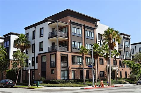 multifamily home weighing in on the single vs multifamily investing debate