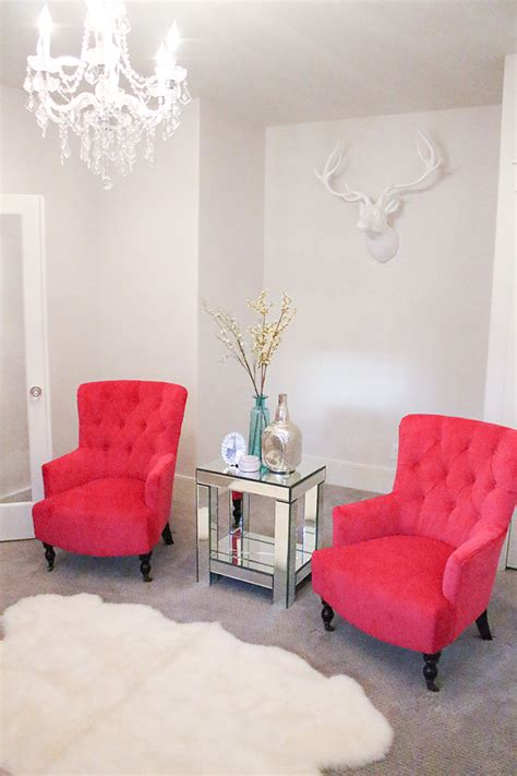 pink living room chair a slice of style the best deals new fuchsia chairs in
