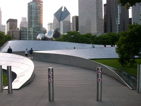 panoramio photo of bp bridge millennium park
