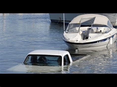 youtube boat launch fails best crazy boat launch r fails youtube