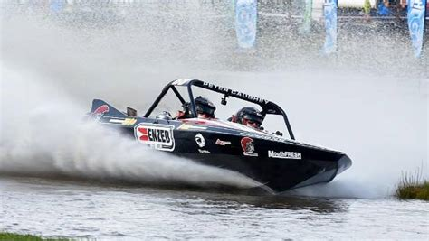 sprint boat fails cyclone cook fails to stop peter caughey winning ninth