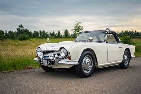 for car high speed pursuit 1962 triumph tr4 car