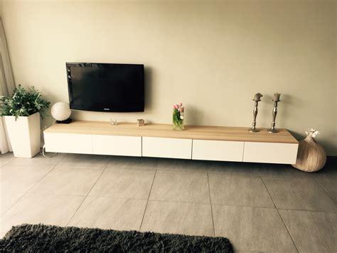 besta zwevend tv meubel ikea met eiken houten plank besta ikea