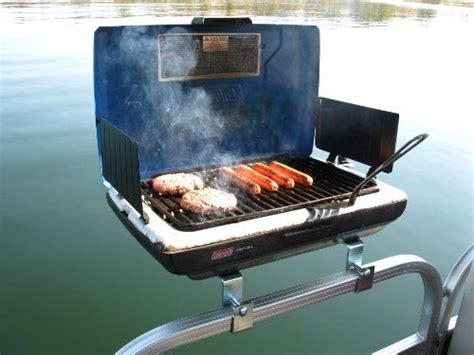 pontoon boats and accessories best 25 boat accessories ideas on pinterest pontoon