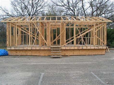 building a frame house wood frame tecnologia na constru 231 227 o de casas de madeira