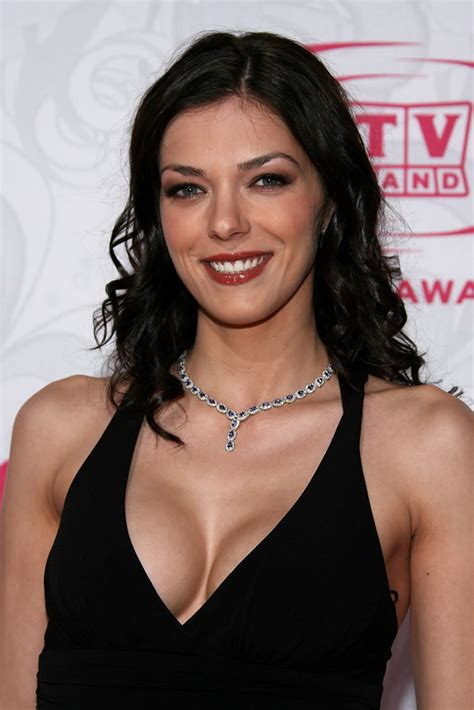 classify adrianne curry