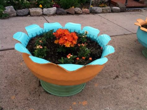 Tire Planters Diy by 17 Ways To Reuse Tires Ted S