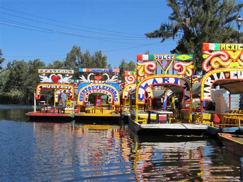 floating boats mexico city xochomilco floating gardens the venice of mexico city