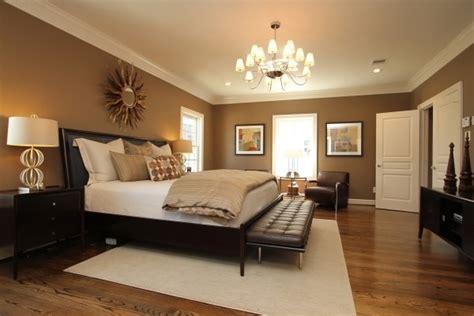 arrange  bedroom furniture indroyal properties