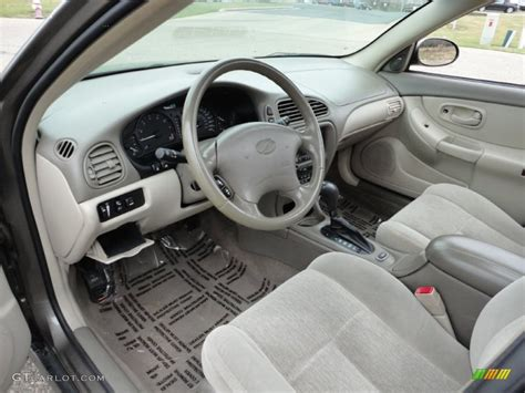 2002 oldsmobile intrigue gl interior photo 58590231