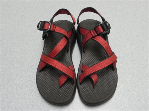 smelly sandals clean your stinky sandals