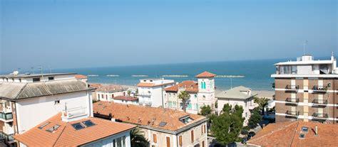 mare porto san giorgio hotel e ristoranti sul mare nelle marche hotel gabbiano