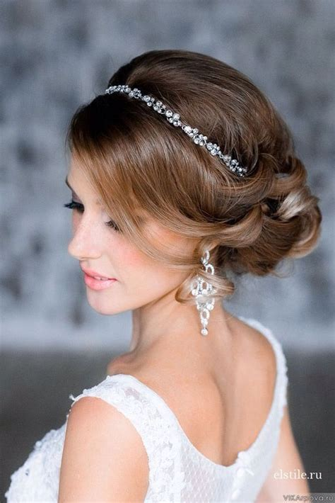 Hairstyles With Headbands by Best 25 Hairstyles With Headbands Ideas On