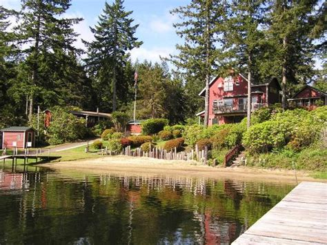 Cabins In Florence Oregon by View Of Cabins From The Dock Picture Of Mercer Lake