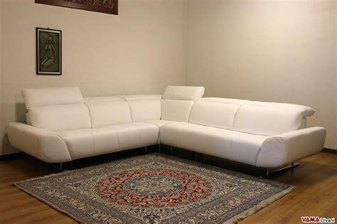domino divani divano angolare moderno in pelle nera con poggiatesta