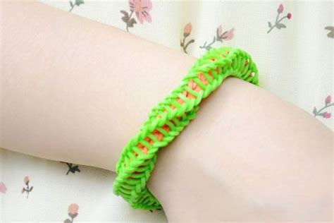 how do you make rubber sts how do you make wrapped twisty rubber band bracelet with