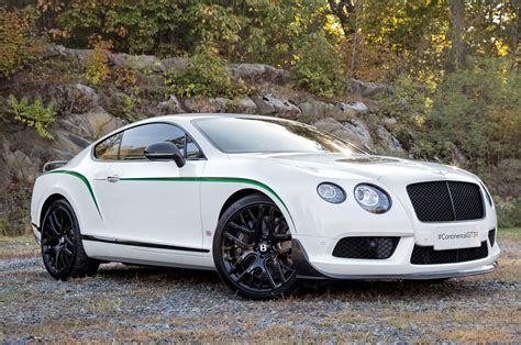 2015 bentley continental gt3 r front three quarter view 2