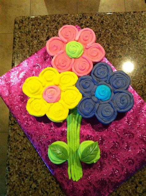 ideas  flower cupcake cake  pinterest flower cupcakes pull  cupcake cake