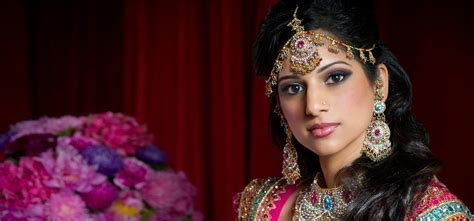 Top 10 Bridal Makeup Packages In India   Make Up Tips