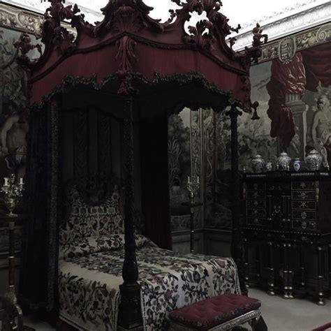 dark victorian bedroom victorian bedroom gothic pinteres
