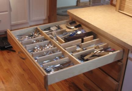 how to organize kitchen drawers 171 miss a 174 charity meets