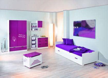 schreibtisch groß weiß schlafzimmer farbe streichen