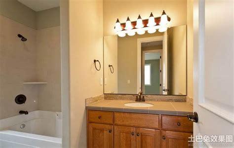 bathroom lighting up or down 卫生间led镜前灯效果图 土巴兔装修效果图