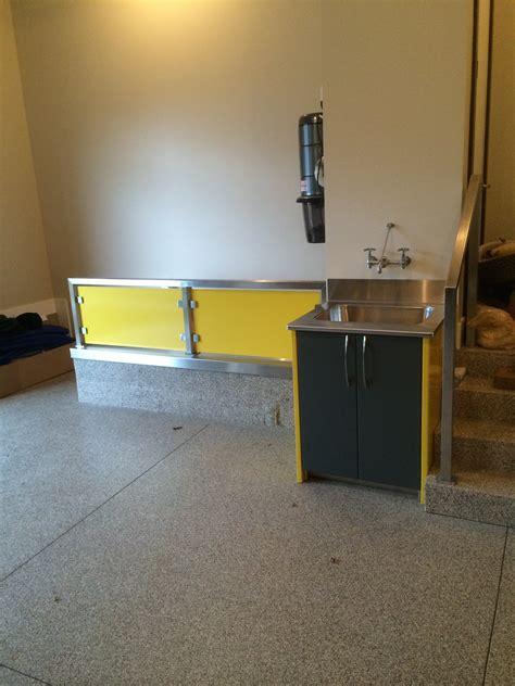Yellow Garage Cabinets Yellow Garage Cabinets Dsw Manufacturing Inc Dsw