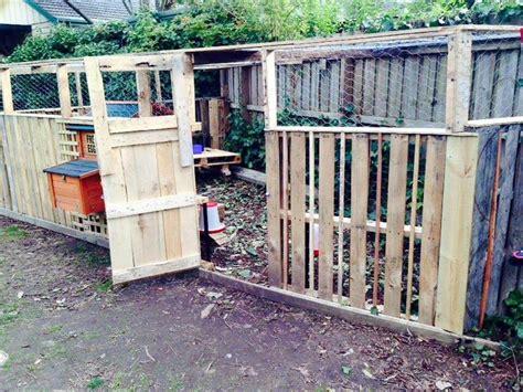 diy pallet chicken coop  hen house easy pallet ideas
