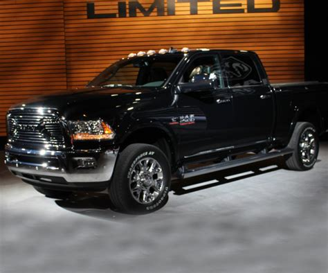 Rebel Truck Dodge by Dodge Ram Rebel Updated For 2017 To Compete With Ford