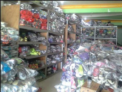 Sepatu Badminton Di Tangerang 0895610545259 jual sepatu murah tangerang jamin