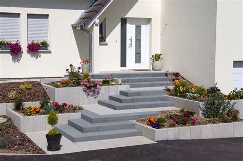 hauseingang stufen 1000 id 233 er om blockstufen p 229 betonstufen