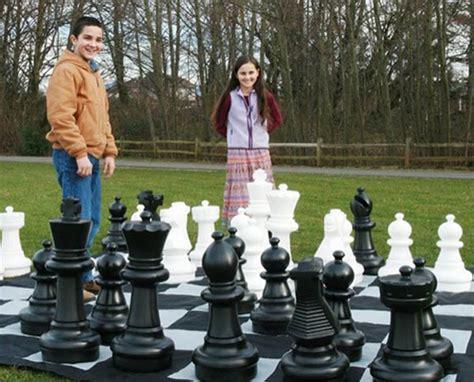 Diy Chess Set by Giant Chess Set Outdoor Chess Set Big Chess Set Garden